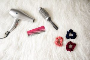 Top 6 Best Hair Dryers For Women In India (2020)