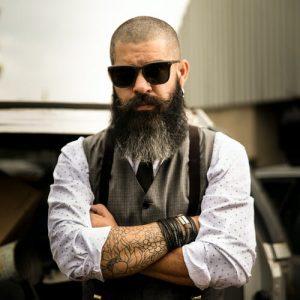 10 Best Beard Oil for Men in India 2021